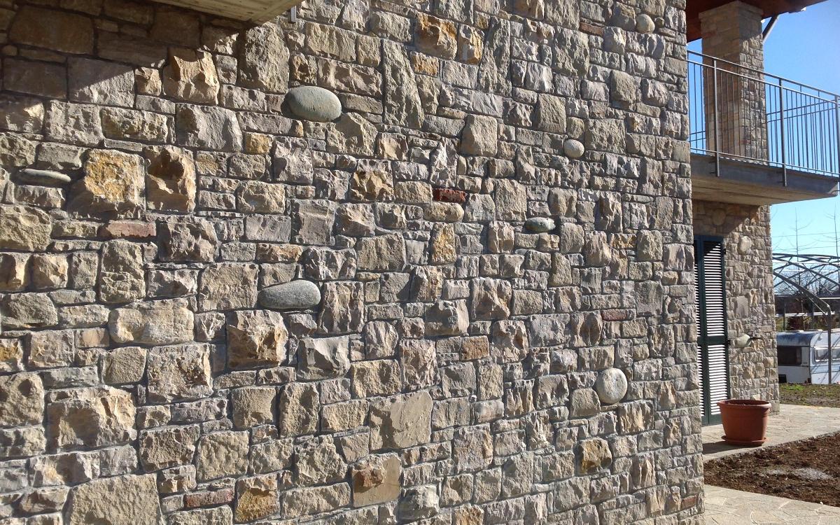 Rivestimento Esterno In Pietra Naturale : Rivestimenti pietra di credaro e pietre naturali lavorazione e posa